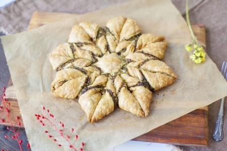 rsz_pesto_puff_pastry_pinwheel
